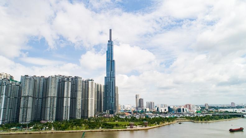 Vincom Center Landmark 81 gồm 01 tầng hầm và 05 tầng nổi nằm trong tòa tháp cao nhất Việt Nam The Landmark 81.