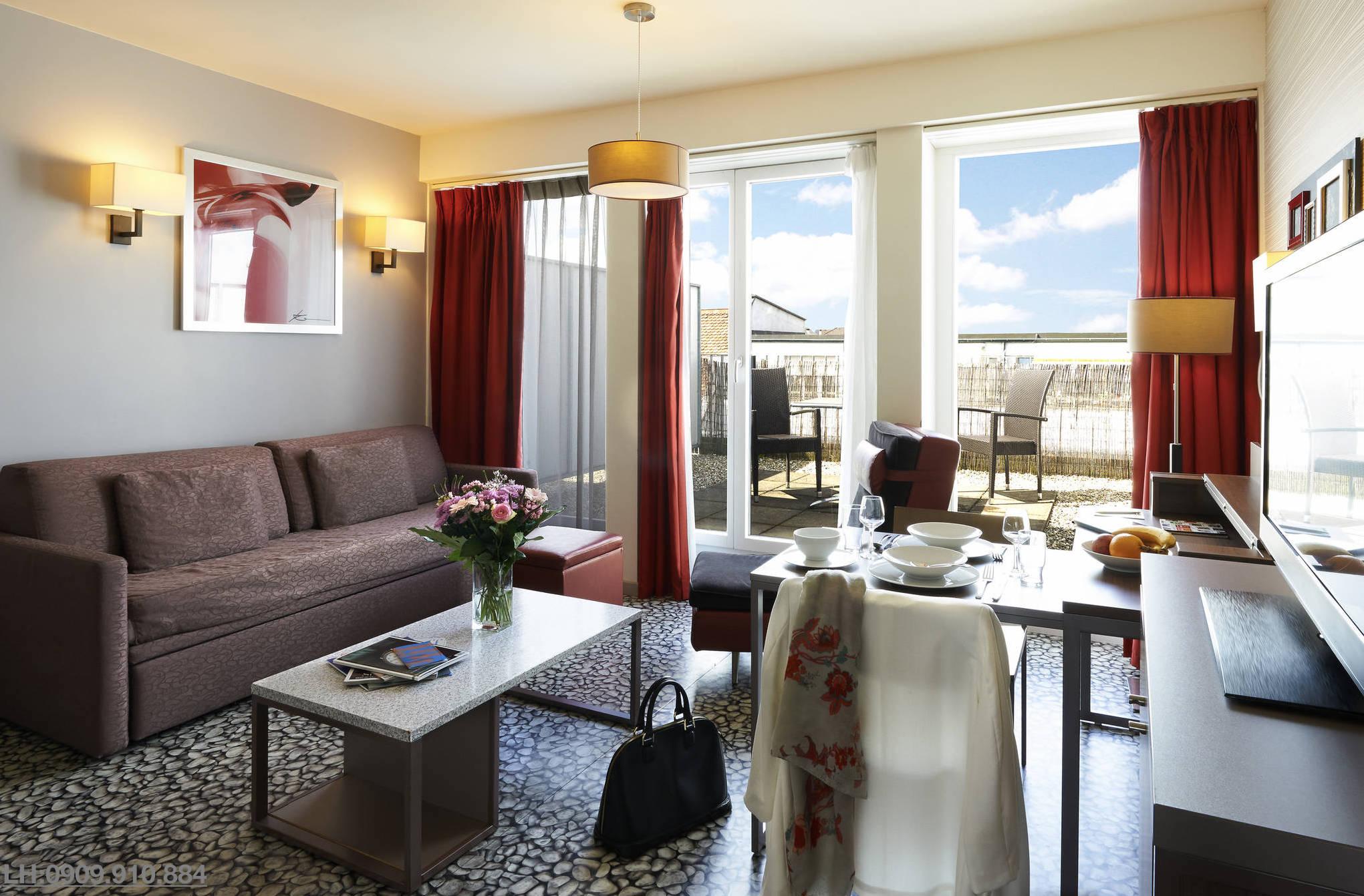 Loại hình căn hộ kết hợp khách sạn Apart-Hotel mởi xuất hiện tại Việt Nam và duy nhất do tập đoàn Crystal Bay áp dụng triển khai cho dự án Crystal Bay Nha Trang và dự án SunBay Park Hotel & Resort Phan Rang.